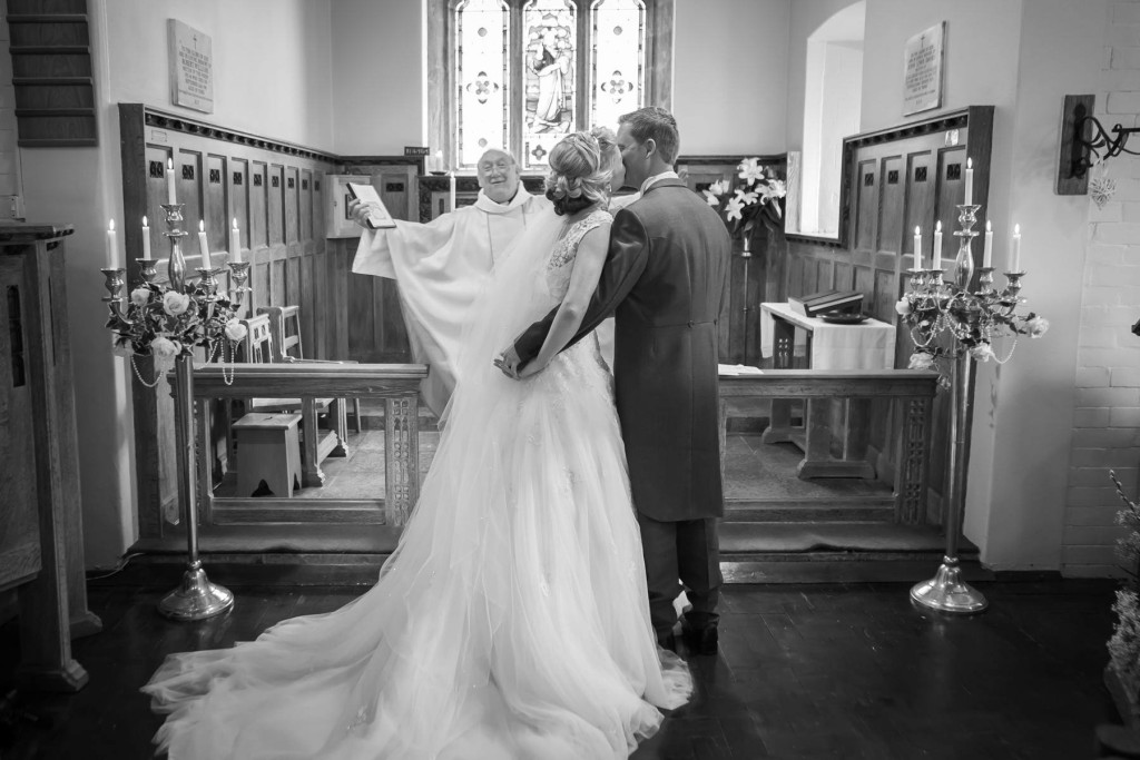 wedding-photography-plas-rhianfa-anglesey-spring-154