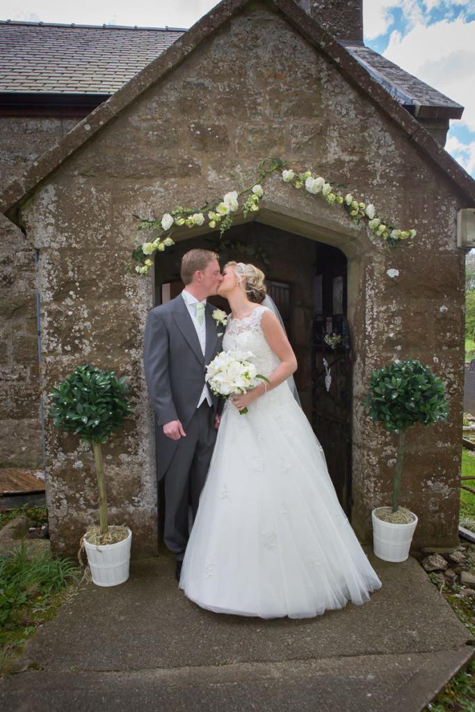 wedding-photography-plas-rhianfa-anglesey-spring-162