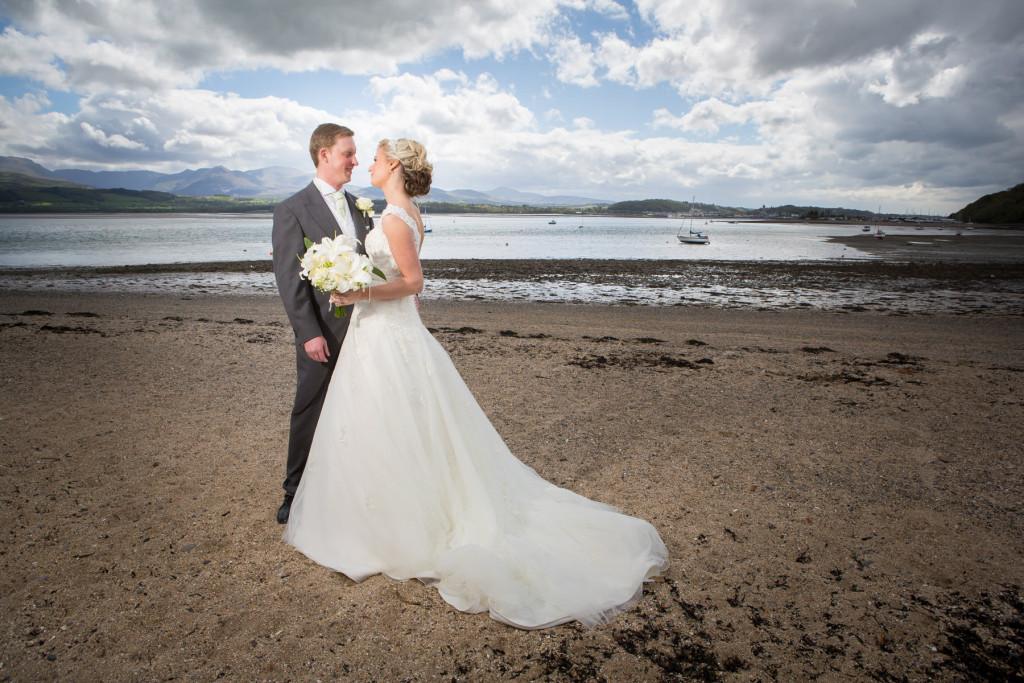 wedding-photography-plas-rhianfa-anglesey-spring-176